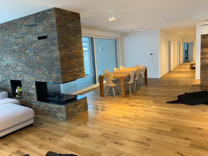 ***** Luxury penthouse in Davos, 4 bedrooms *****