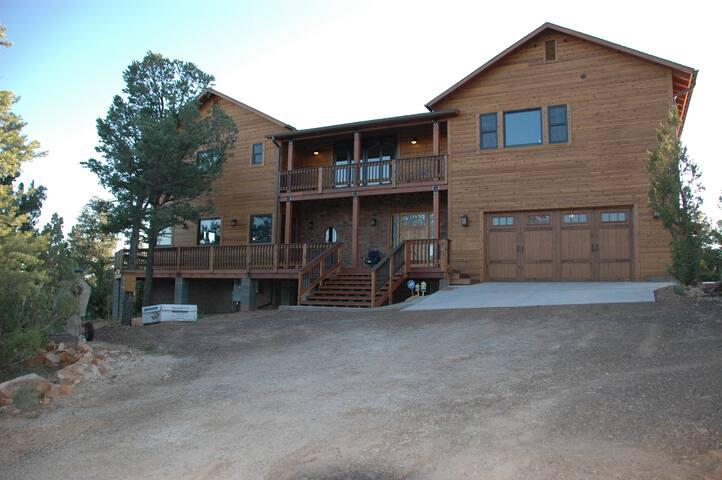 Overgaard Arizona Luxury Cabin