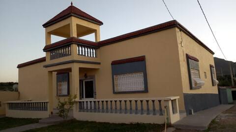 Villa à Bhalil