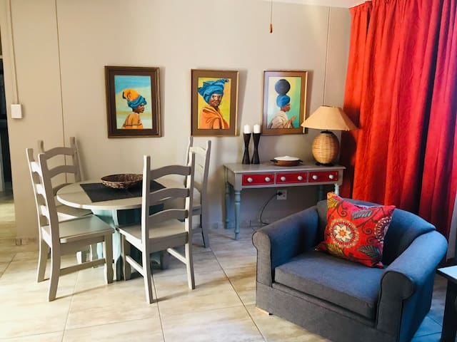 GLENTUI, A COSY 2 BEDROOM , HOME AWAY FROM HOME