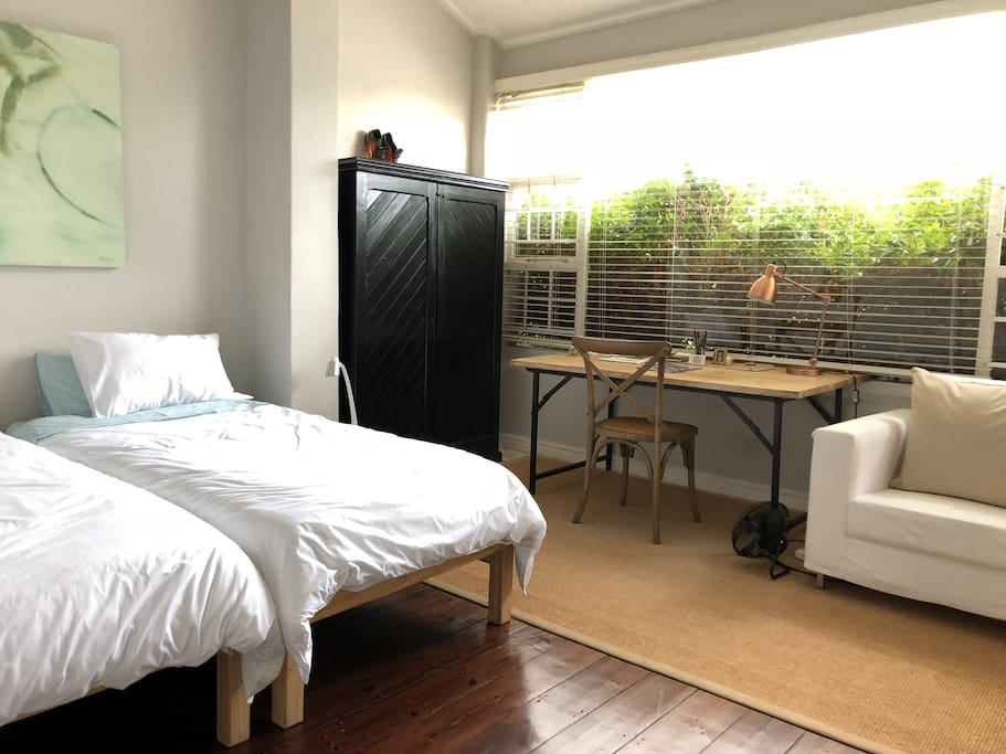 bedroom 2/ study
