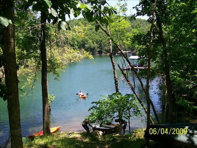 Lakefront Cabin Beaver Lake - Rogers - Hus