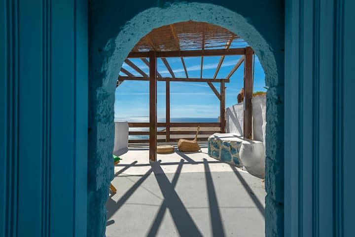 Traditional Cretan house with sea view