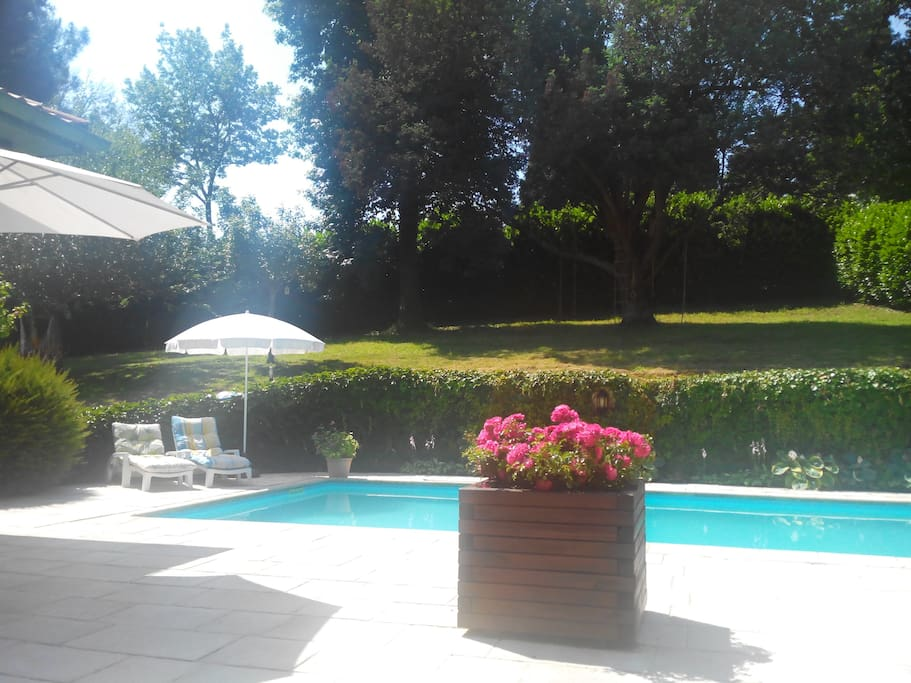 villa basque vivez ensemble des moments magiques villas louer anglet aquitaine limousin. Black Bedroom Furniture Sets. Home Design Ideas