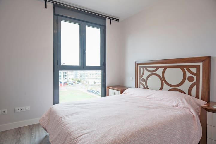 中产社区整套公寓apto de ensanches Vallecas - Madrid - Appartement