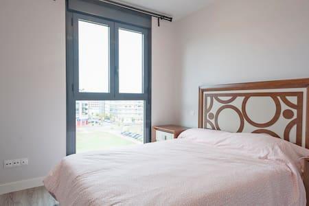 中产社区整套公寓apto de ensanches Vallecas - Madrid