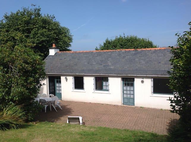 Maison proche de la mer - Locronan - Huis