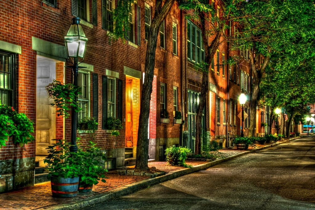 Cozy Classic Boston Brownstone - Apartments for Rent in ...