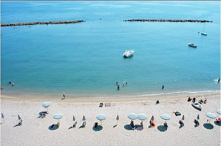 Casa Mare Bella - Spiaggia sabbiosa e libera