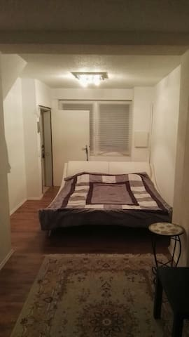Luxus Room for Singles and Couples in Siegburg