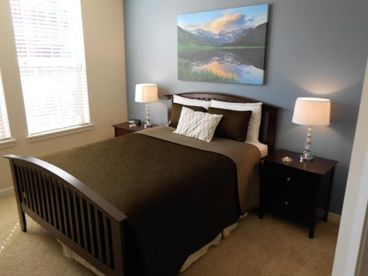 Luxury Broomfield Furnished Corporate Apartment