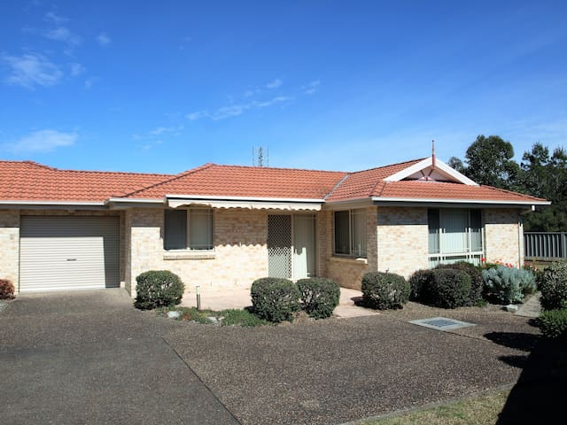 Jervis Bay Holiday Apartment - Great Location