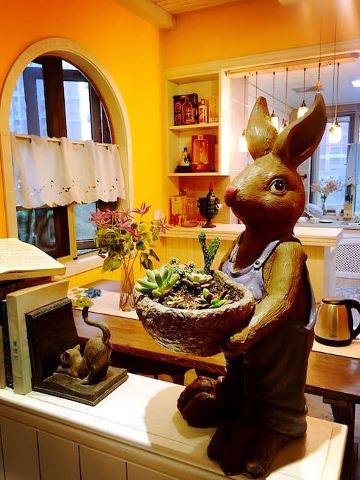 兔几先生或兔几太太每天在这里迎接你回家~