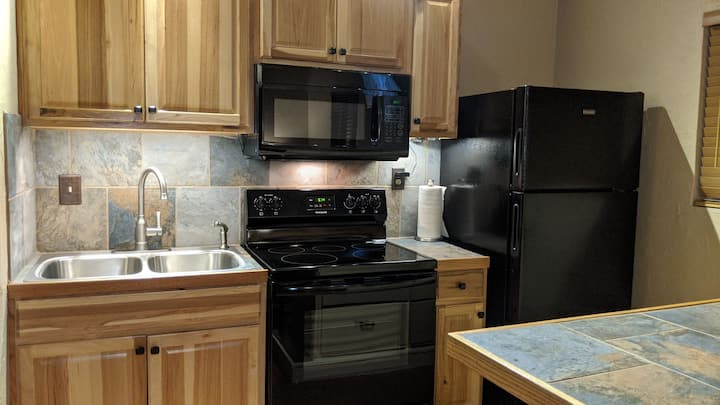 Play in Tahoe Relax in Carson- Kitchen-Free Park!