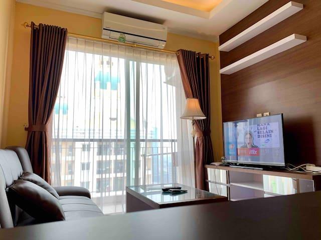 2 bedroom Comfy & Clean Apartment Top Level Floor