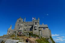 The castle can be visited. Please remember it is shut on Saturdays.