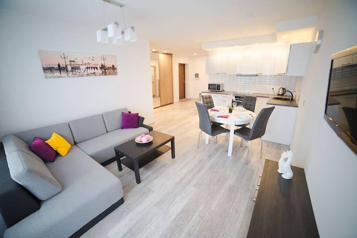Новая 2-х комнатная квартира с балконом - Vilnius