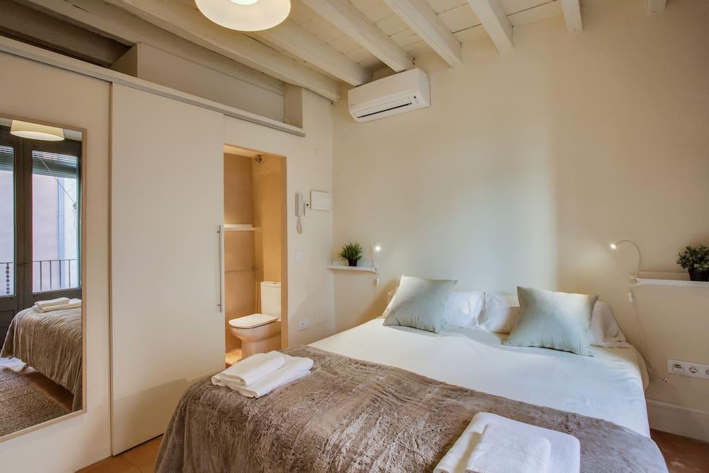 Habitación a montar como dos camas individuales o como cama de matrimonio**más fotos próximamente