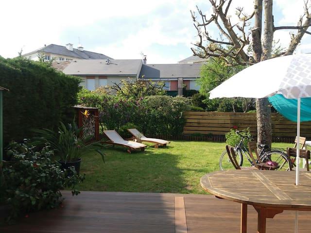 Bonita casa con jardin en Blois