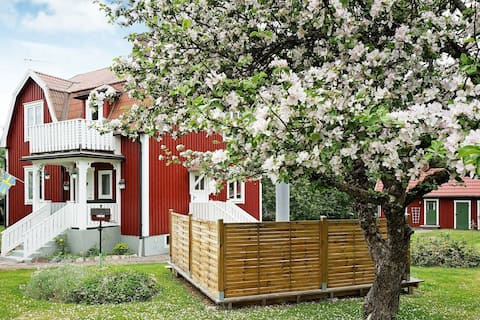 6 person holiday home in SANDSJÖFORS