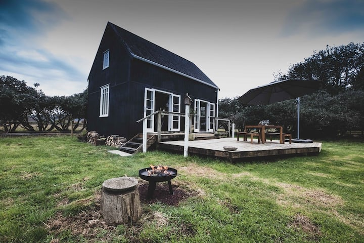 Cosy Boutique Rural Cottage