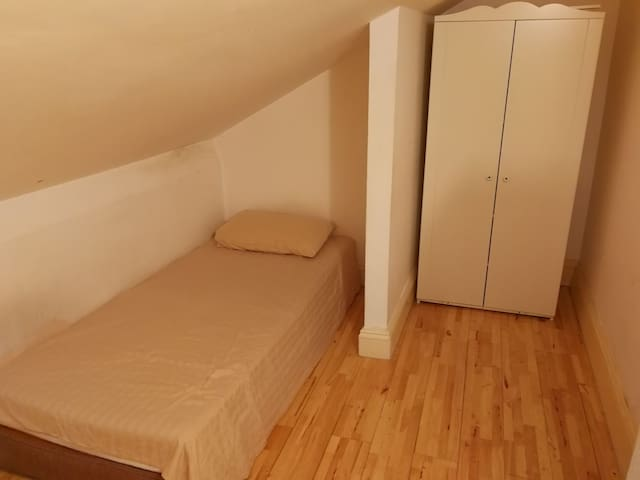 Loft Room Victorian House N4