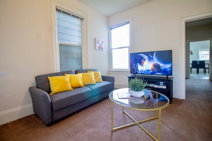 Conveniently Located | Walk to BART 5min