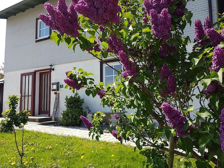 Ganzes Haus mit Garten - Ferienhaus Herzlich
