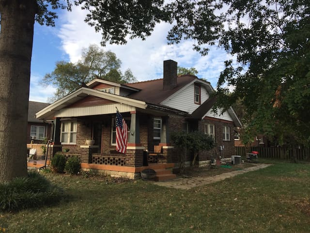 Beautiful Historic East Nashville Bungalow - Nashville - House