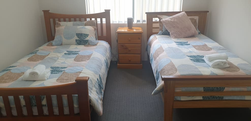 4th Bedroom, king single and single beds