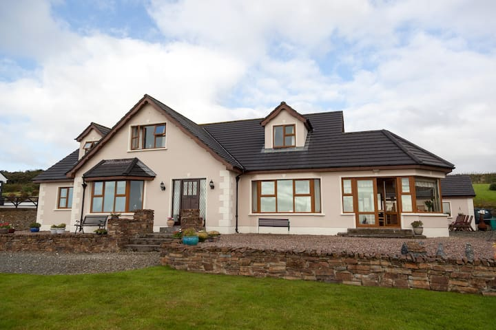 Inishowen Lodge B&B, Moville, Co Donegal - Moville