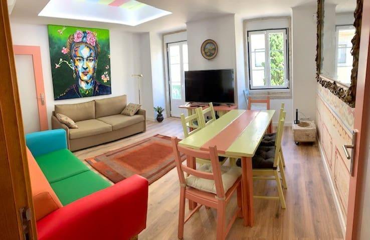 Sala / Living Room & Frida Kahlo