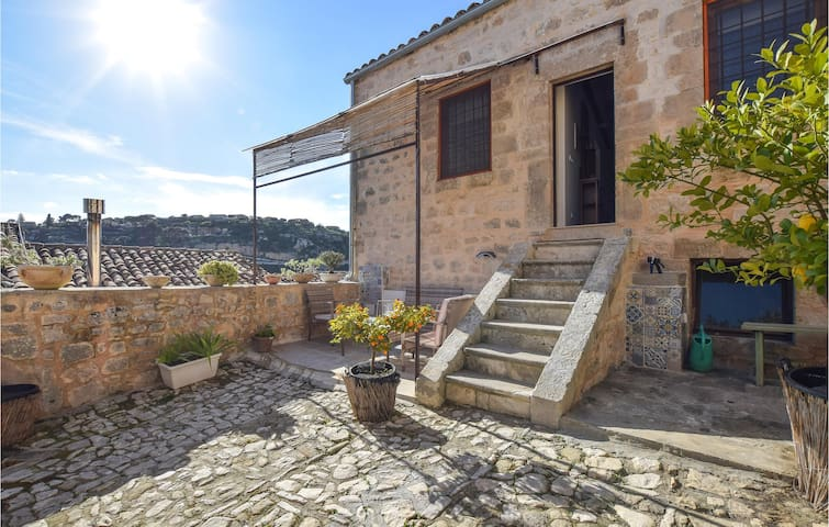 Terraced house with 1 bedroom on 50m² in Modica