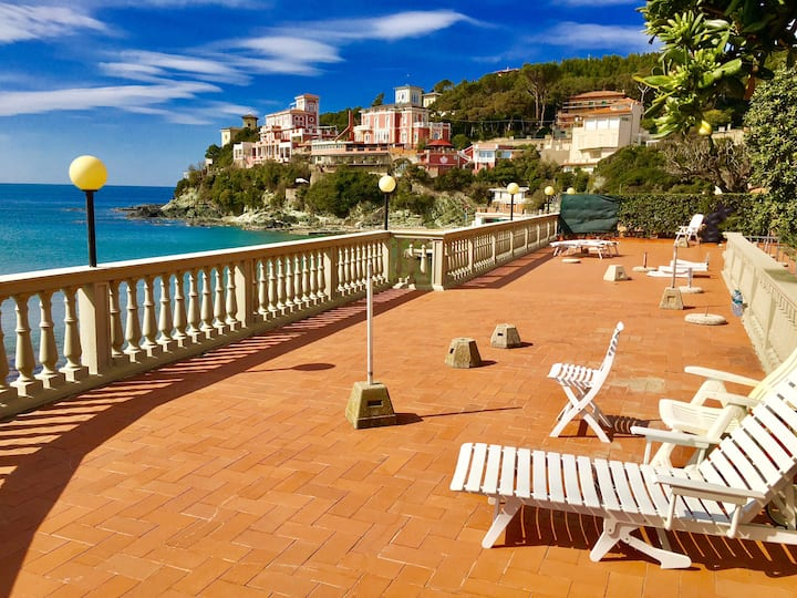 Luxury suite sanitized ozone sul mare priv.parking