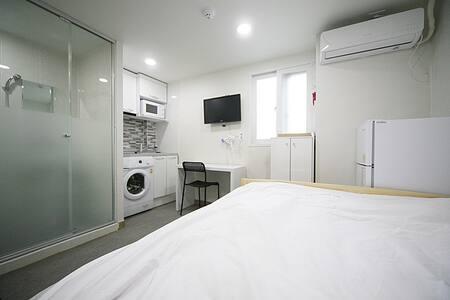 Oasis Hostel Room no.611(2people) - Gangnam-gu