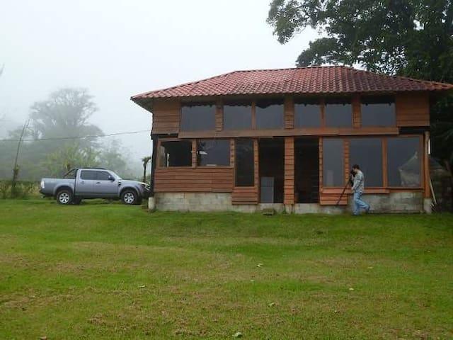 Nice mountain Cabin Costa Rica - Bajos del Toro