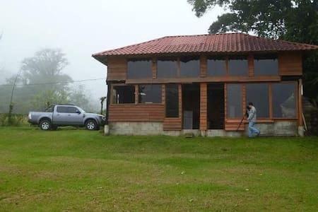 Nice mountain Cabin Costa Rica - Bajos del Toro - Cabana