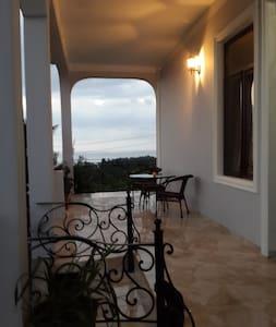 BIS-A Guesthouse - Batumi