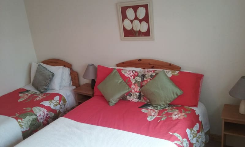 Central Apartment in Town Centre Killybegs