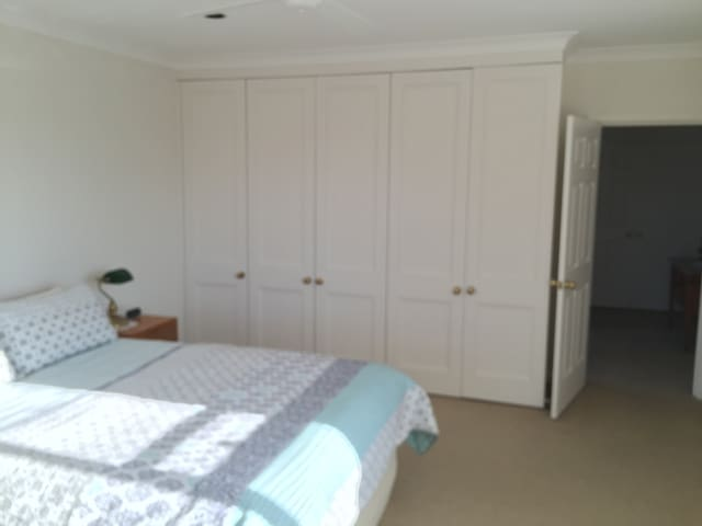 Sydneys finest within Inner west - Enfield - Guesthouse