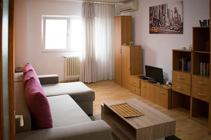 Cosy single apartment in the center of Bucharest