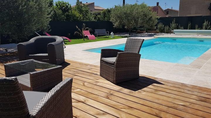 Villa 6 pers, 4 étoiles, piscine privée & chauffée