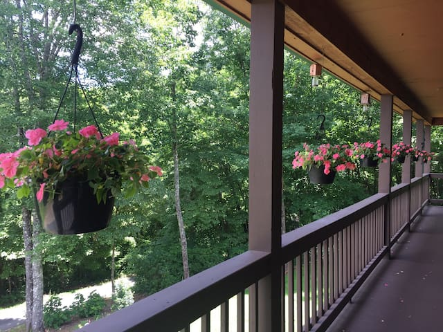 Front deck area available for guests viewing and or relaxing.