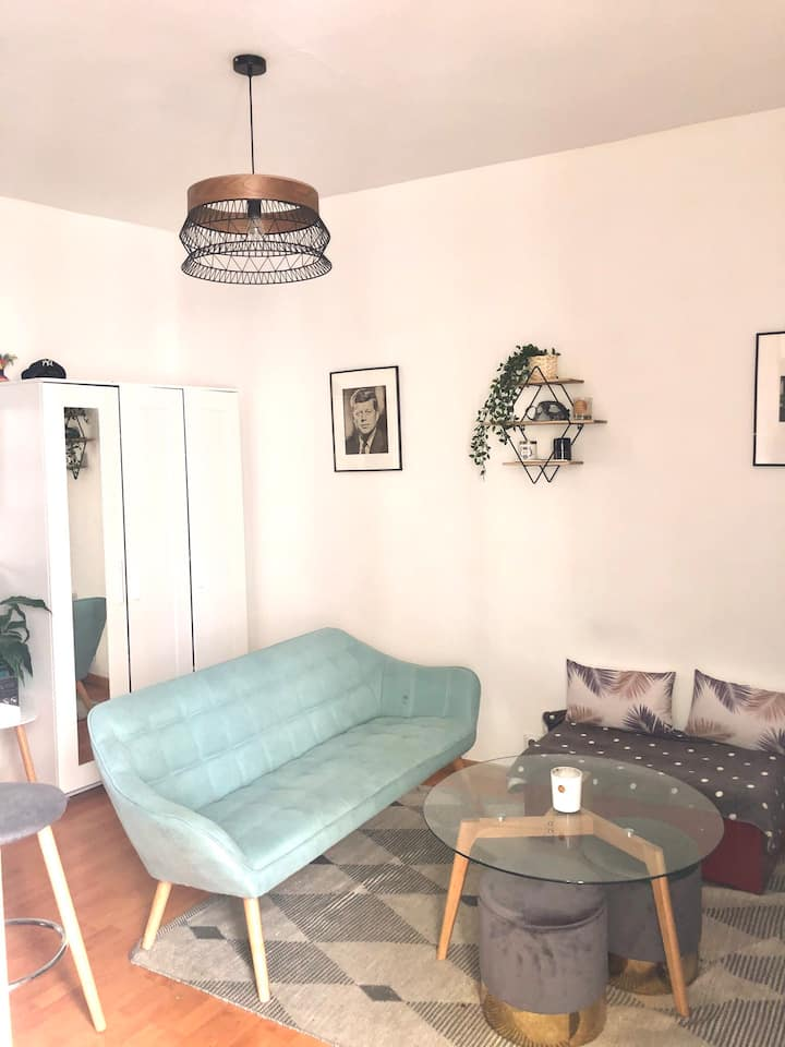 Appartement 2 pièces - 28 m2 - Canal Saint Martin
