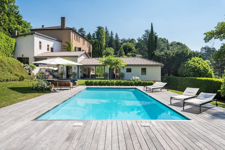 Le Pressoir - Newly refurbished house with contemporary decoration
