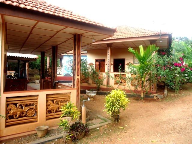 Elephant View Cottages Triple Room