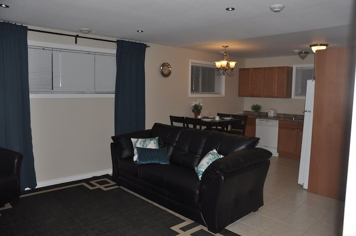 Executive Two Bedroom Apartment in South End