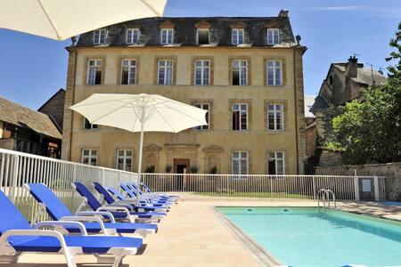 Chateau Ricard:Appartement N°20 - 2 pièces-piscine