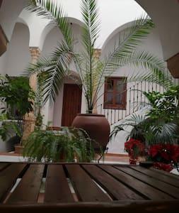 Casa Maika - Montoro - Hospedaria