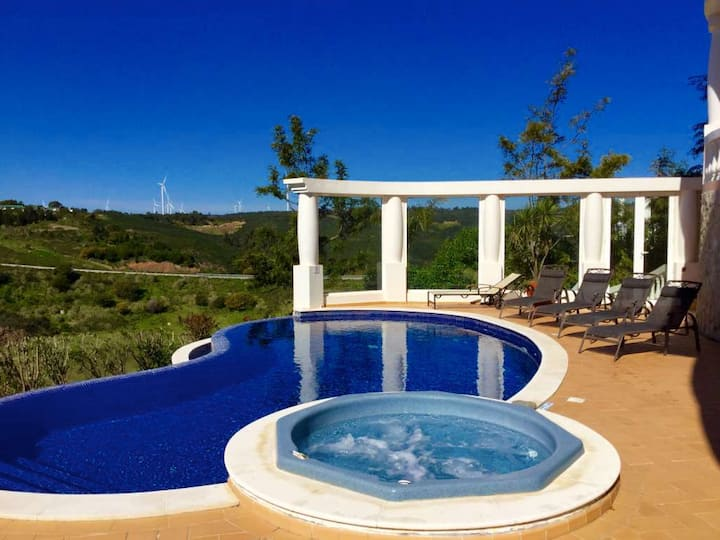 Villa Laranja | Private heatable pool & jacuzzi